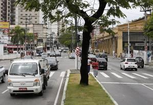 A Avenida Marquês do Paraná, uma das mais movimentadas do Centro, foi palco de intensa troca de tiros em janeiro Foto: Fábio Guimarães / Agência O Globo