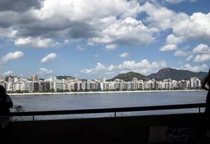 O mais querido. Orla de Icaraí vista do MAC: bairro é o mais procurado Foto: Hermes de Paula / Hermes de Paula