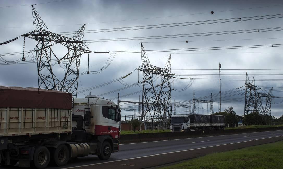 EC São Paulo ( SP ) 10/01/2018 Rede de transmissão de energia elétrica no interior do estado de São Paulo . Foto: Edilson Dantas / Agencia O Globo Foto: Edilson Dantas / Agência O Globo