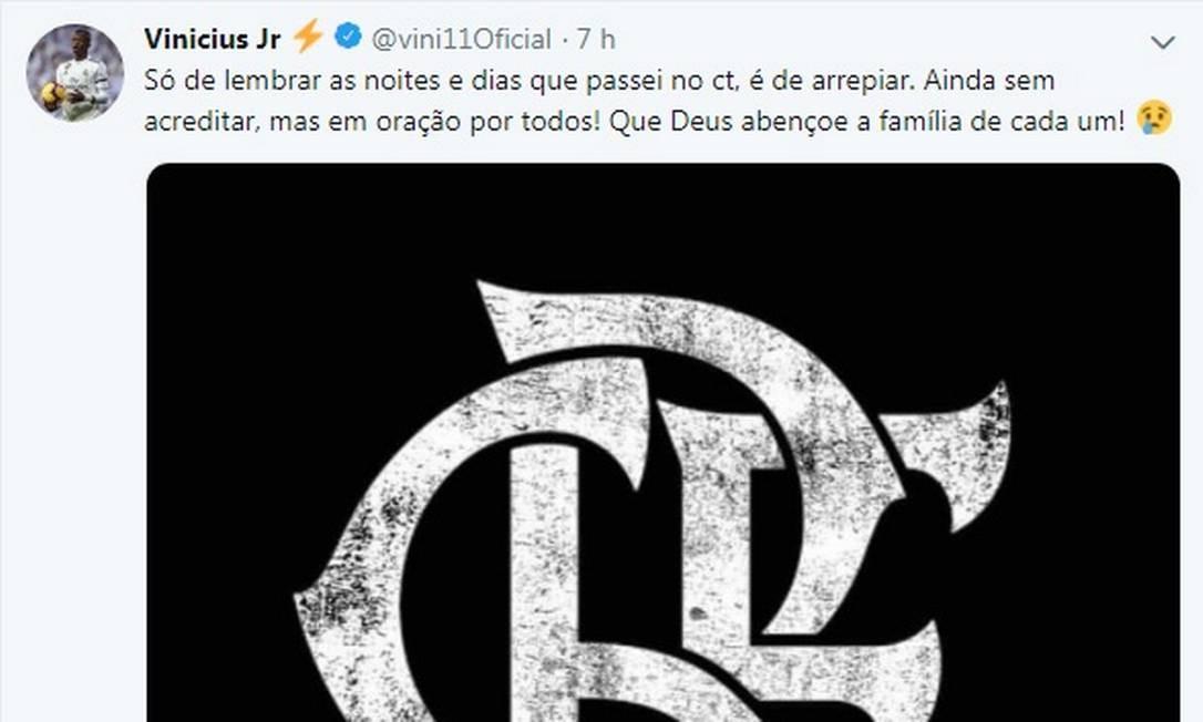 Vinícius Júnior lamenta a morte dos meninos da categoria de base do Flamengo Foto: Reprodução de Twitter / Reprodução de Twitter