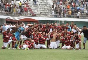 Última foto do time sub-15 do Flamengo antes de incêndio Foto: Reprodução / Instagram