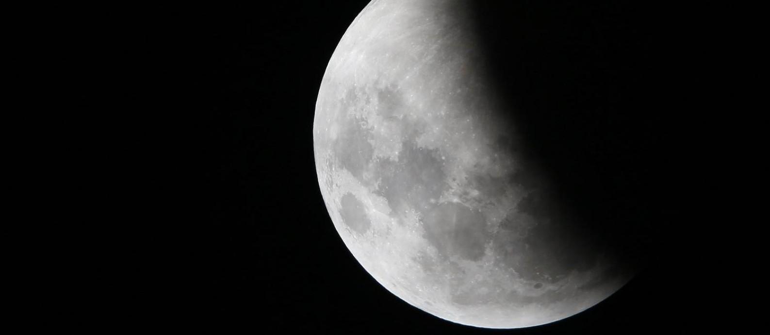 A Lua durante o eclipse do dia 21 de janeiro, clicada a partir de Manaus, capital do Amazonas Foto: BRUNO KELLY / REUTERS/21-01-2019