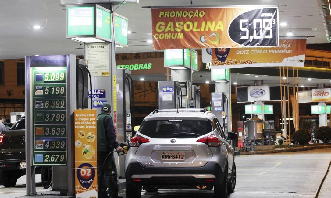 Previsibilidade. Proposta da Petrobras é parecida com a de um cartão para viagens Foto: / Paulo Nicolella/05-06-2018
