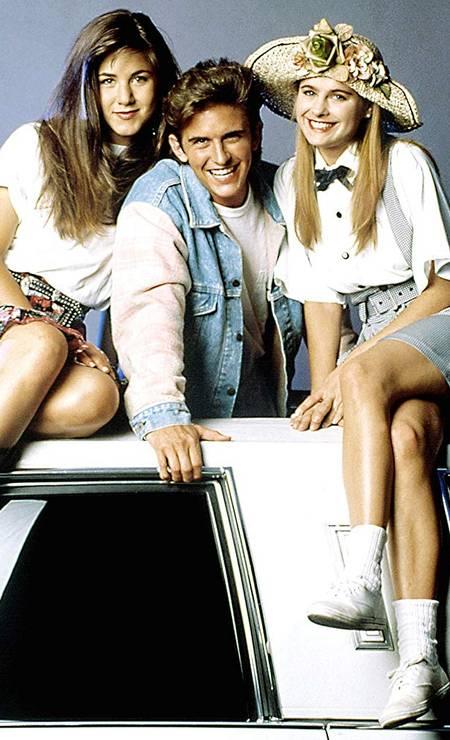Jennifer Aniston começou a carreira em séries de TV. Uma das primeiras foi 'Ferris Buller' (1990-91), que tentava recriar o sucesso do filme 'Curtindo a vida adoidado'. A aposta não deu certo e a série foi cancelada ainda na primeira temporada Divulgação
