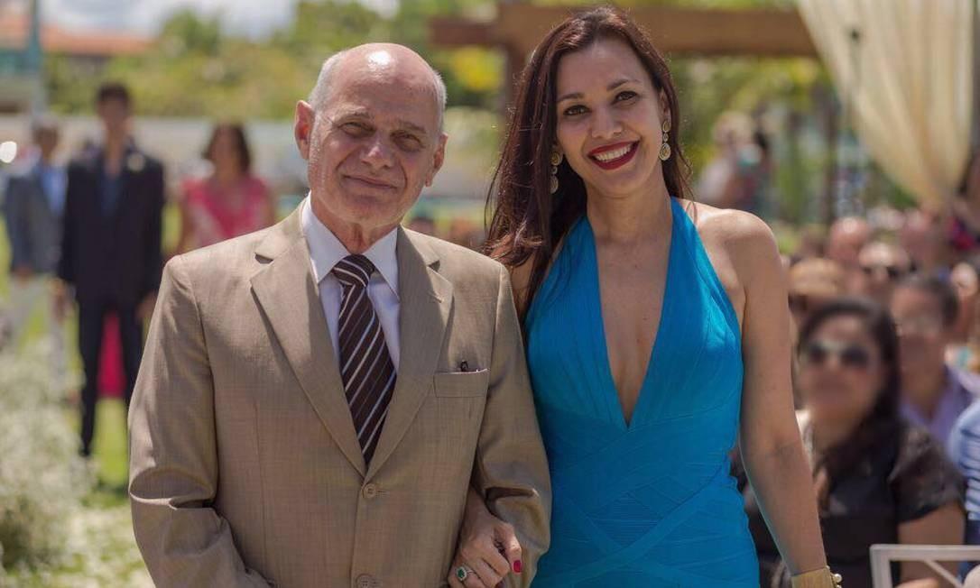 O apresentador deixou a mulher, Veruska Seibel Boechat, com quem tinha duas filhas. Ele era pai ainda de outros 4 filhos. Foto: Reprodução / Redes Sociais