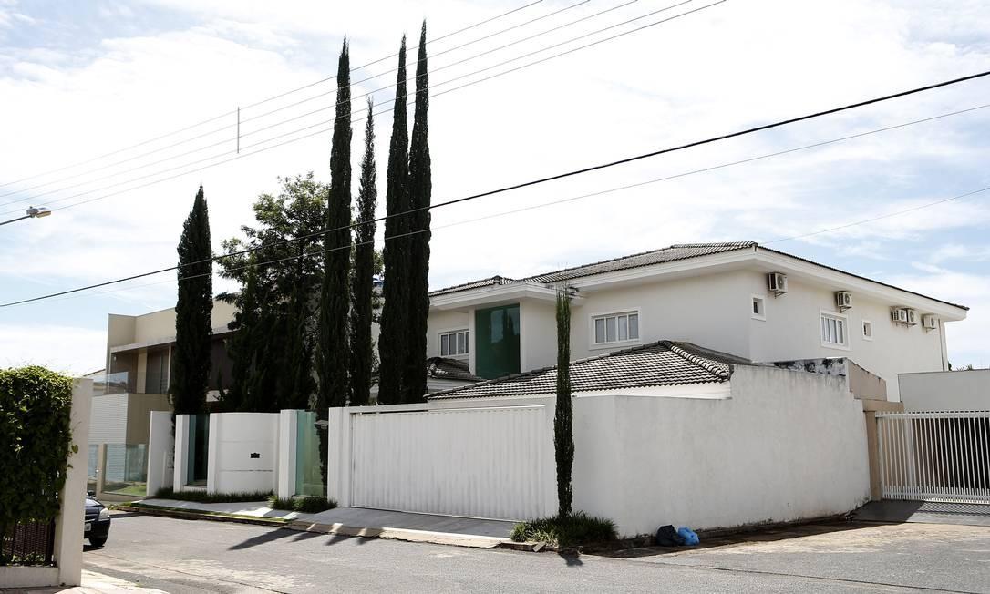 Casa de alto padrão no Lago Sul foi adquirida por empresa do senador Ciro Nogueira por R$ 2 milhões Foto: Jorge William / Agência O Globo