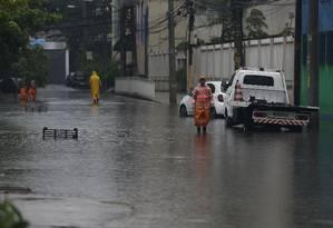 Rua em São Cristóvão está alagada após temporal Foto: Pablo Jacob / Agência O Globo
