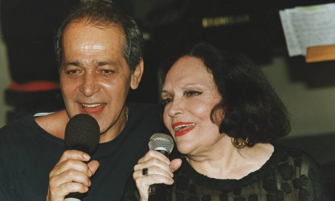 """Com Gracindo Jr. no musical """"Brasileiro, profissão esperança"""", de 1997 Foto: Cristina Granato / Divulgação"""