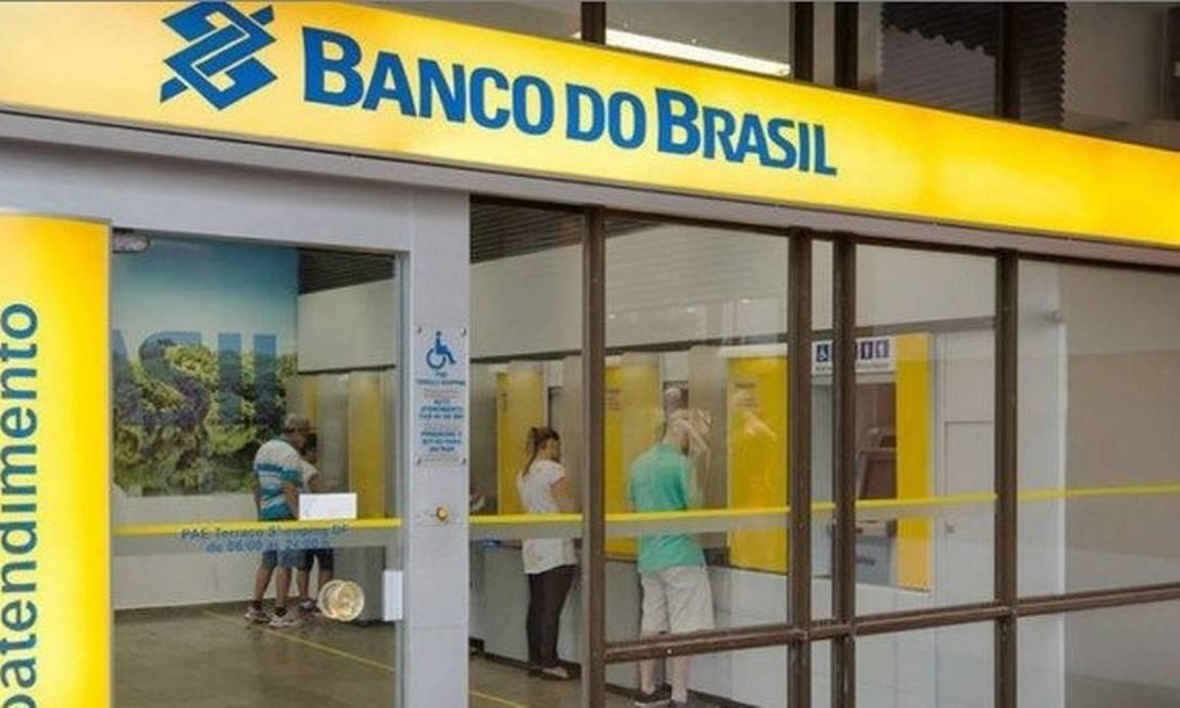 Resultado de imagem para Banco do Brasil tem lucro de R$ 4,5 bilhões no 3º trimestre. Isso a Globo não mostra
