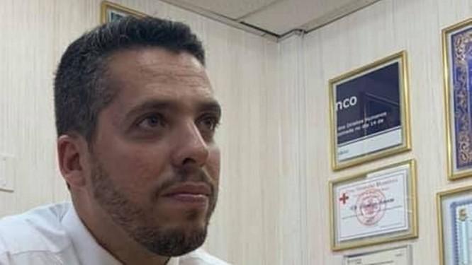 Exclusivo: Rodrigo Amorim, que quebrou placa de Marielle Franco, decorou seu gabinete na Assembleia Legislativa do Rio com fragmento Foto: Foto de leitor