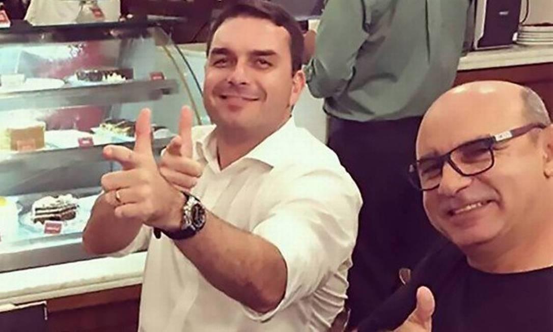O Coaf identificou, no fim de 2018, movimentações atípicas na conta do ex-assessor parlamentar de Flávio Bolsonaro Fabrício Queiroz na ordem de R$ 1,2 milhão entre janeiro de 2016 e janeiro de 2017. De acordo com o documento, oito assessores e ex-assesores do então deputado na Alerj fizeram depósitos na conta bancária de Queiroz. Ele atuou por uma década como motorista e segurança do parlamentar. Foto: Reprodução