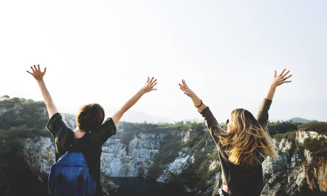 Deu match? Novos aplicativos ajudam a juntar pessoas que viajam sozinhas Foto: rawpixel / Creative Commons / Reprodução