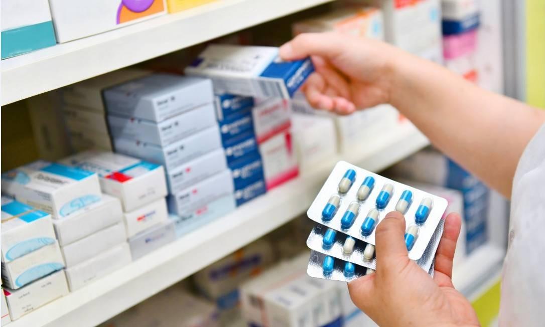 Vendas de medicamentos isentos de prescrição totalizaram R$ 7,5 bilhões em 2018, segundo a Abrafarma, o que representou um crescimento de 15% em relação ao ano anterior Foto: shutterstock
