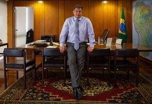 """Bebianno em rede social: """"O desleal, coitado, viverá sempre esperando o mundo desabar na sua cabeça."""" Foto: Daniel Marenco / Agência O Globo"""