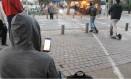 Analista em segurança demonstra como é possível assumir o controle de um patiente elétrico Foto: Reprodução/YouTube