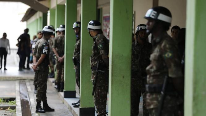Militares do Exército Foto: Pablo Jacob / Pablo Jacob