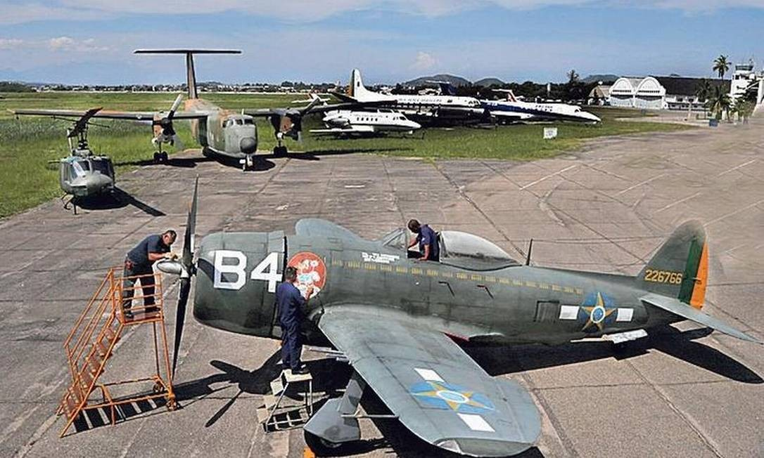 Relíquia: o Thunderbolt será recuperado: peças já estão chegando dos EUA Foto: Antonio Scorza / Agência O GLOBO