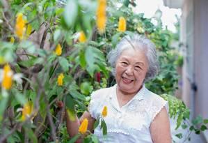 Aos 80, a enfermeira aposentada Seiko Amino coordena um curso para cuidadores de idosos em uma instituição de São Paulo Foto: Edilson Dantas / Agência O Globo