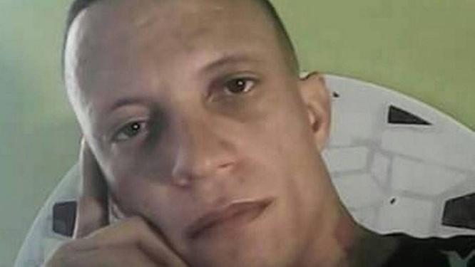 Davi Ricardo Moreira Amâncio define em sua rede social que