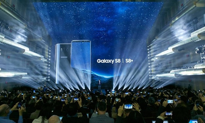 Samsung lança o Galaxy Fold, seu primeiro smartphone dobrável