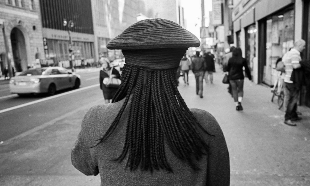 Mulher caminha pelas ruas de Manhattan Foto: ANDRE D. WAGNER 19-01-2018 / NYT