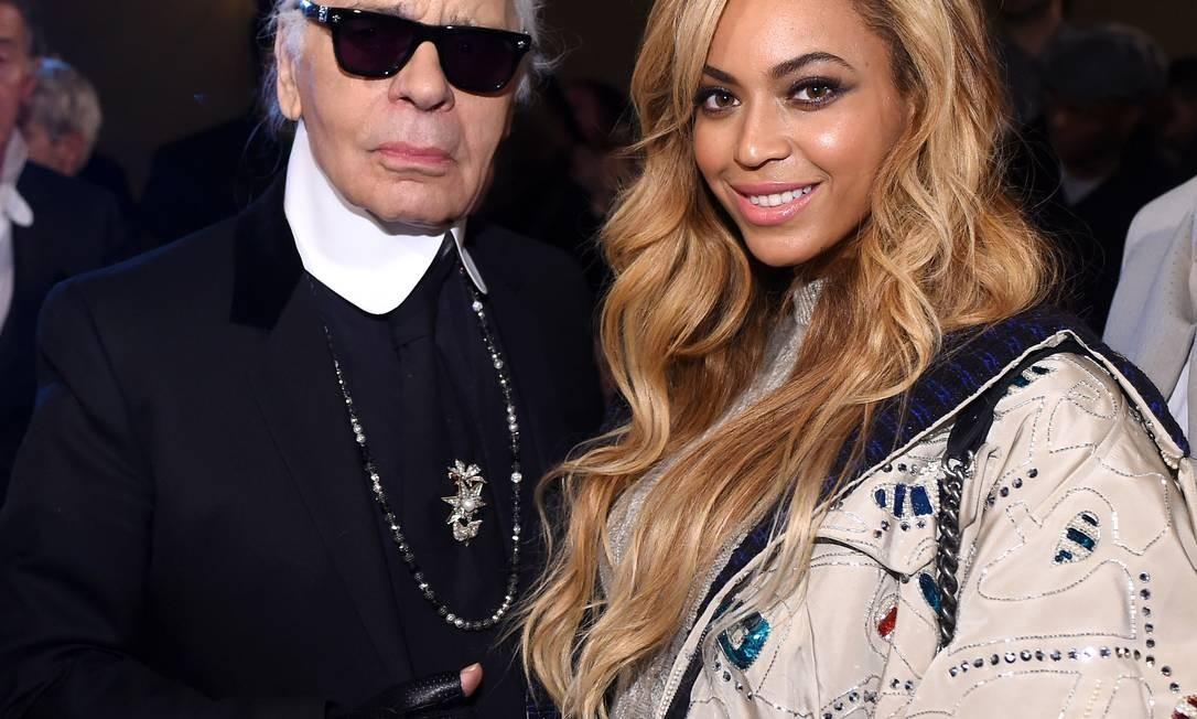A diva Beyoncé tieta Lagerfeld em 2015 Foto: Stefanie Keenan / WireImage