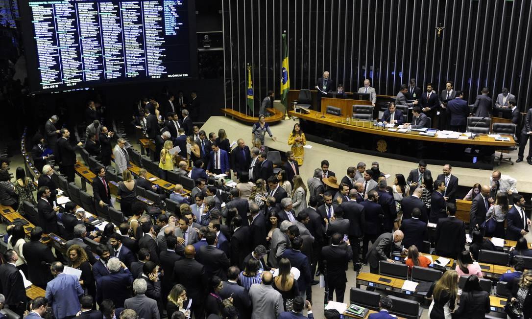 Plenário da Câmara durante a derrubada do decreto sobre sigilo de documentos Foto: Luis Macedo / Divulgação/Câmara