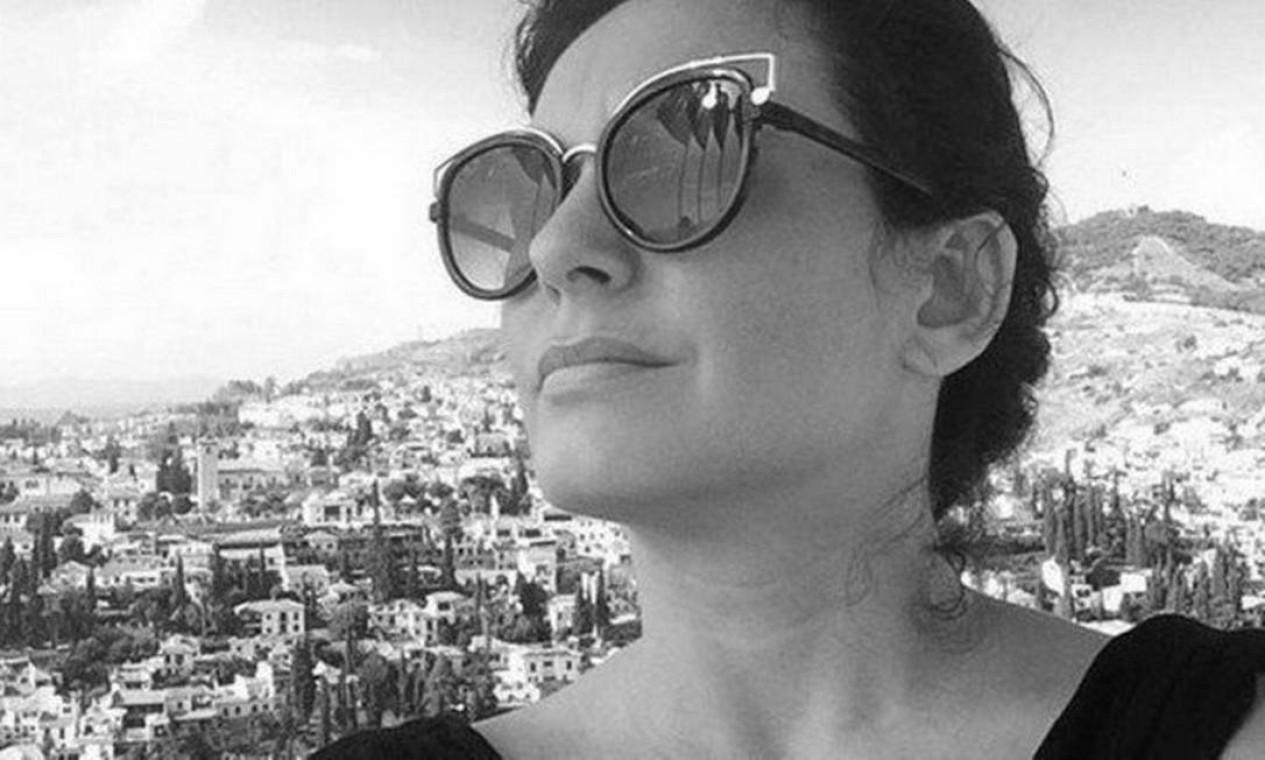 Ativista que reuniu mulheres para denunciar João de Deus, Sabrina Bittencourt, cometeu suicídio, em fevereiro, segundo ONG 'Mulheres Unidas', organização na qual ela atuava, quando o médium já estava preso, acusado de abusos sexuais, posse ilegal de arma de fogo e corrupção de testemunhas Foto: Reprodução