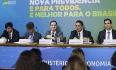 A expectativa do governo é que as medidas gerem uma economia de R$ 1,072 trilhão em dez anos Foto: Agência Brasil