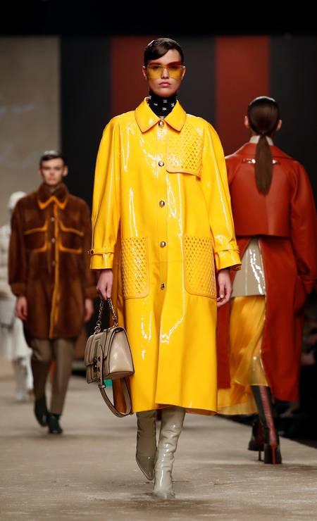 A última coleção de Karl Lagerfeld para a Fendi Foto: ALESSANDRO GAROFALO / REUTERS