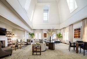 A sala de estar da suíte do Mark Hotel Foto: Divulgação