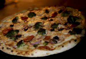 Greca: a pizza é uma criação da chef Flávia Quaresma para a Eccelenza Foto: Gabriel de Paiva / Agência O Globo