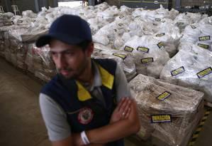 Produtos de ajuda internacional são estocados perto de Ponte Tienditas, em Cúcuta, fronteira da Colômbia com a Venezuela Foto: EDGARD GARRIDO 21-02-2019 / REUTERS