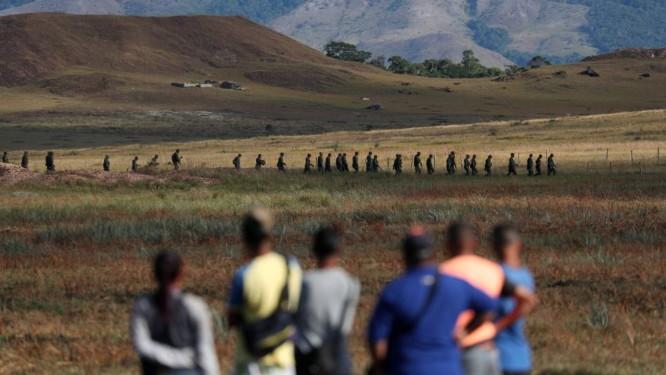 A fronteira da Venezuela foi fechada pelo país vizinho na quinta-feira Foto: Ricardo Moraes / Reuters