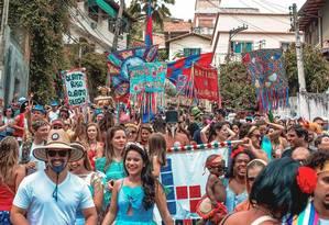 Bloquete. Bloco sai hoje, às 9h, no Vital Brazil: grupo criado por amigos de escola se concentra na Rua Miguelote Viana Foto: Divulgação/Ruda Albuquerque
