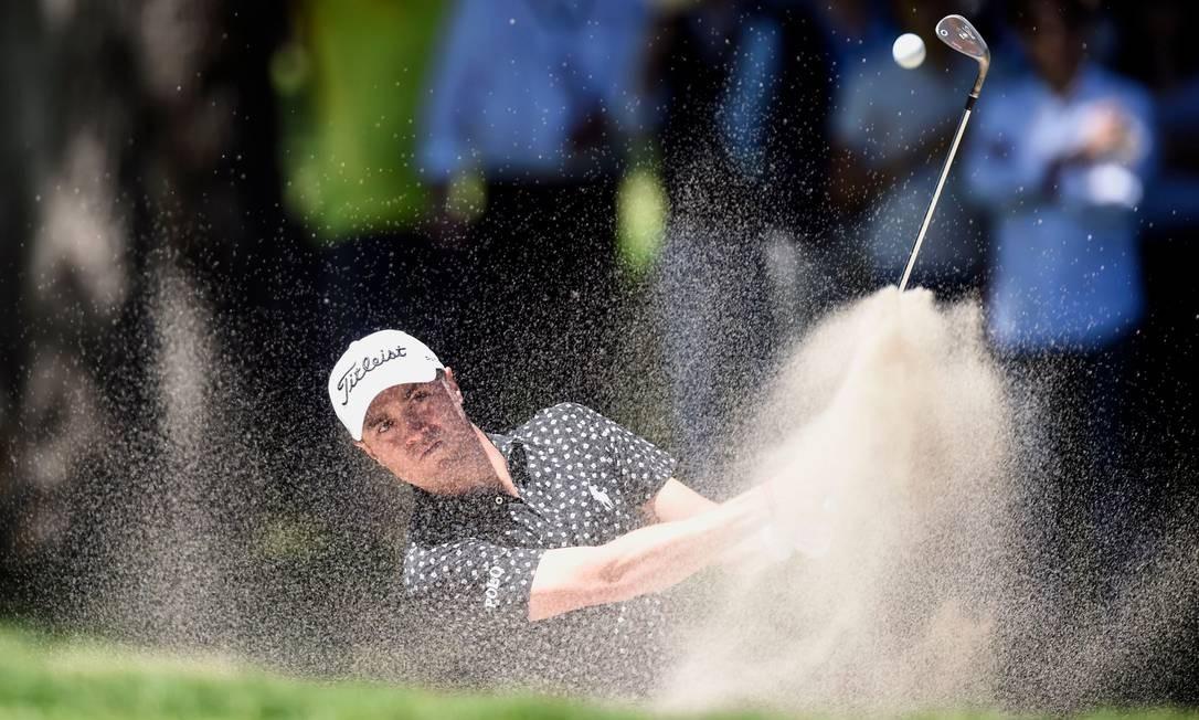 O golfista norte-americano Justin Thomas, durante o World Golf Championship, na Cidade do México Foto: ALFREDO ESTRELLA / AFP