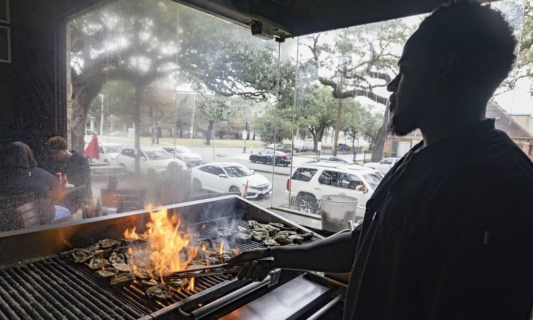 Neyows Creole Cafe, um ótimo lugar para provar a soul food do sul dos Estados Unidos, em Nova Orleans Foto: Sara Essex Bradley / The New York Times