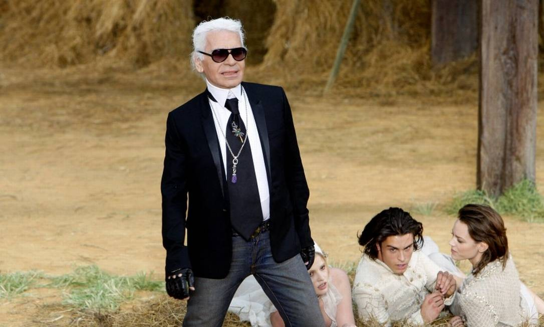 Karl Lagerfeld deixou instruções sobre vitrines de lojas depois de sua morte