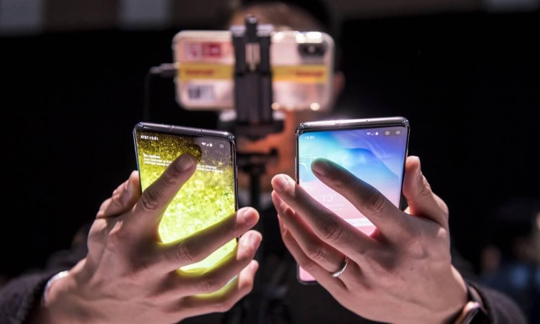 Executivos do setor de telecomunicações se reúnem para discustir como vão lidar com a questão da Huawei Foto: Bloomberg