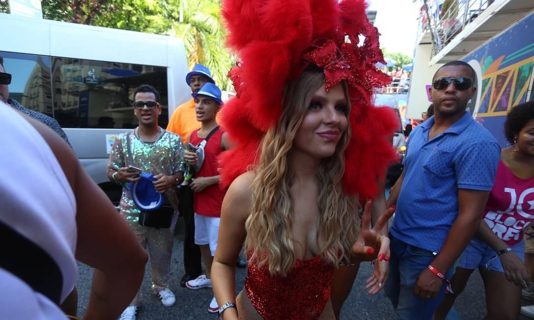 A digital influencer e cantora Luísa Sonza está entre os famosos que abrilhantam o cortejo Foto: fabiano rocha / Agência O Globo