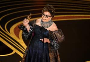 Ruth E. Carter recebe o prêmio de melhor figurino por