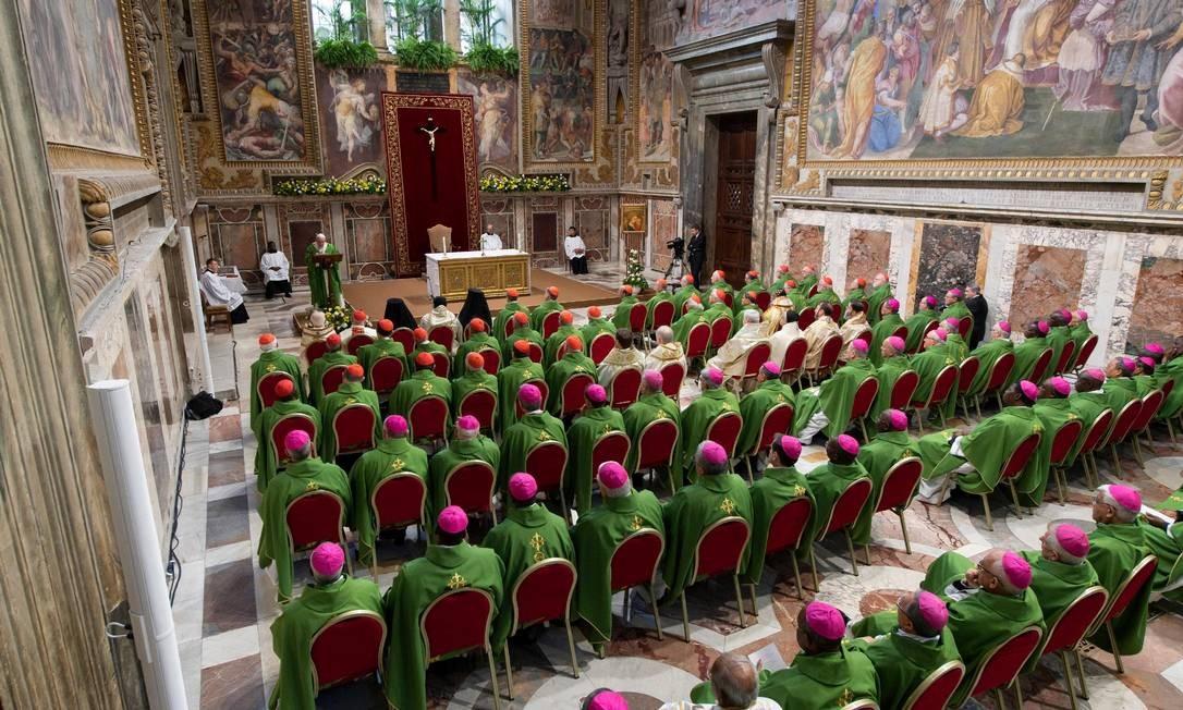 O Papa Francisco discursa durante o último dia da reunião, no Vaticano, sobre a crise global de denúncias de abusos sexuais cometidos por religiosos Foto: VATICAN MEDIA / REUTERS