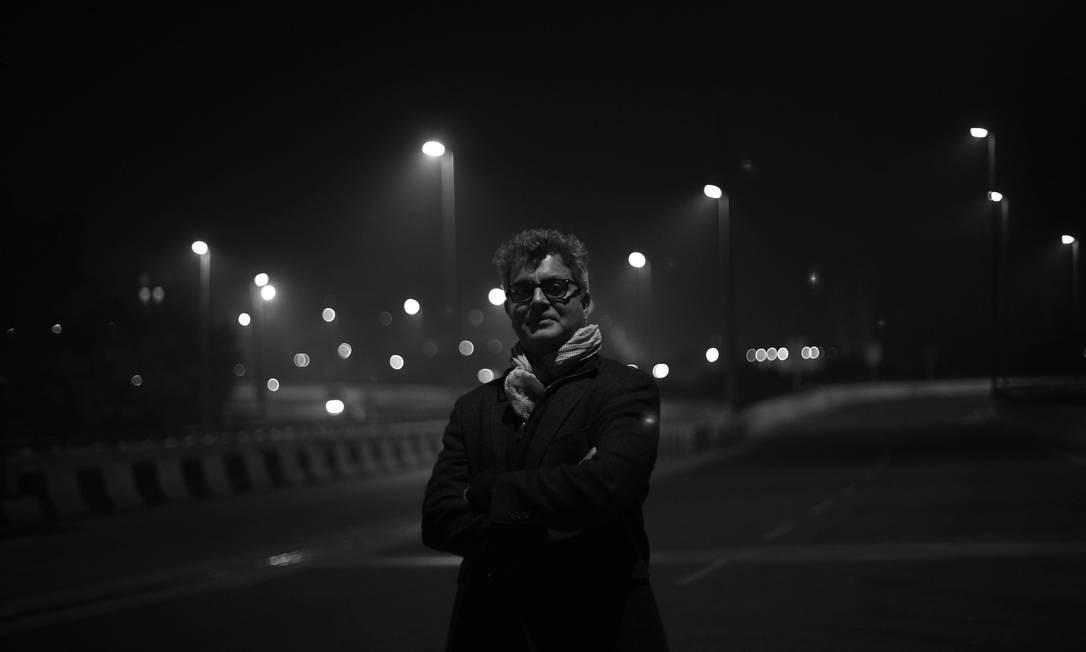 O escritor indiano Amitava Kumar, autor de 'Os amantes' Foto: Neeraj Priyadarshi / Divulgação