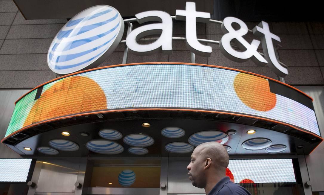 A AT&T adquiriu a Time Warner por US$ 85 bilhões Foto: Brendan McDermid / REUTERS