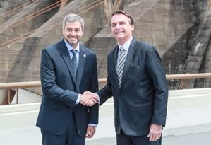 O presidente do Paraguai, Marito Abdo, e o presidente do Brasil, Jair Bolsonaro, devem se encontrar em março para discutir a renovação do acordo de Itaipu Foto: Reprodução/Twitter