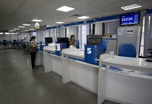 Agência do INSS no Méier: pensões também serão afetadas pela reforma. Foto: Márcia Foletto / Agência O Globo
