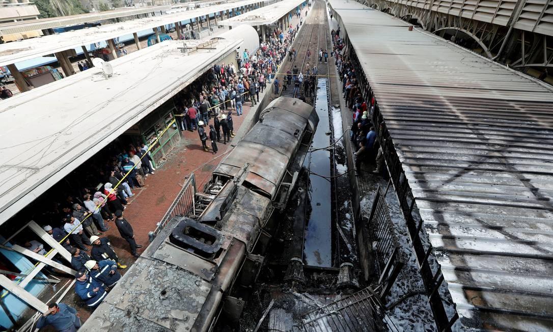Um acidente de trem deixou 20 mortos e 40 feridos na estação central do Cairo, capital do Egito, nesta quarta-feira (27) Foto: AMR ABDALLAH DALSH / REUTERS