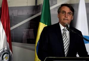 Bolsonaro participou na terça-feira da posse do novo diretor da Itaipu Binacional; nesta quarta-feira, fez exames de rotina em SP Foto: Norberto Duarte / AFP