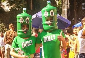 Fantasia Família Dollynho, de Felipe Galo e Thais Martins Medeiros Foto: Foto do leitor