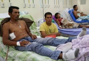 Indígenas feridos em confronto na Venezuela na sexta em hospital de Boa Vista; no total, 22 pessoas foram trazidas para atendimento no Brasil Foto: BRUNO KELLY / REUTERS/27-2-2019